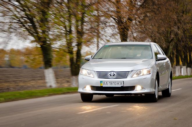 Toyota в кредит выбираем кредитную