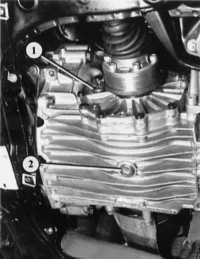 проверка уровня масла механической коробки передач audi 80